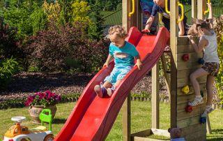 come rendere sicuro il giardino per i bambini consigli