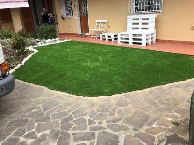 Posa prato erba sintetica a carrara